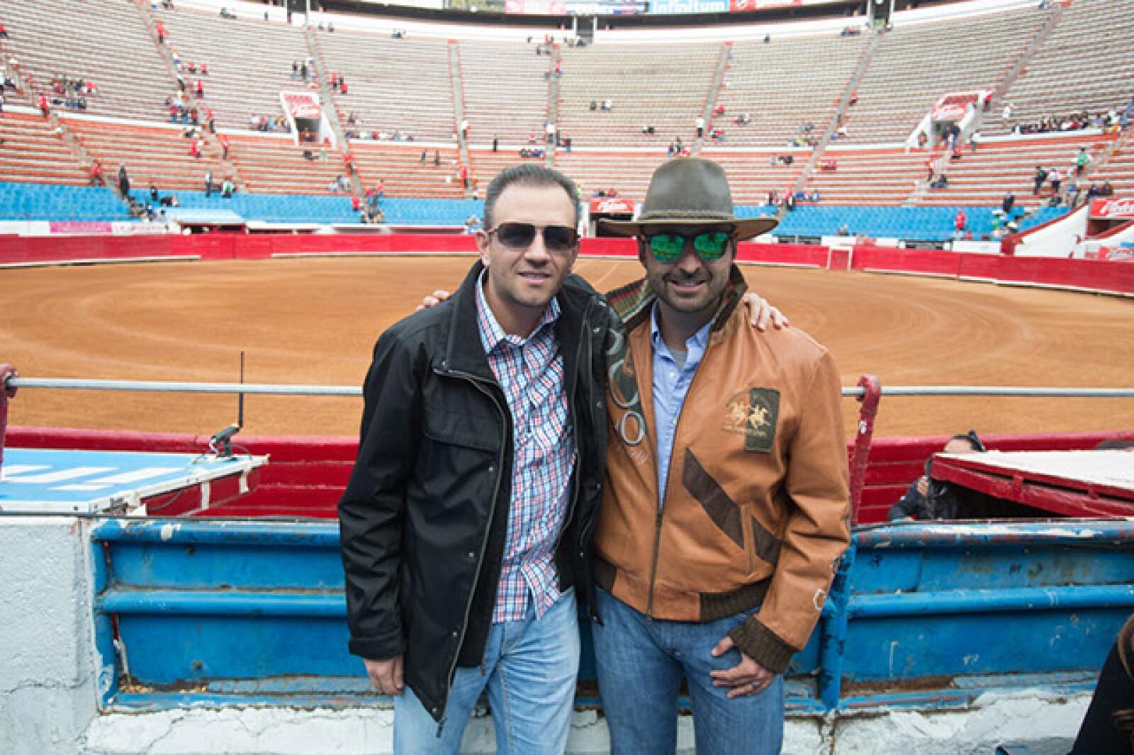 Octavio Díaz,Juan Carlos Flores