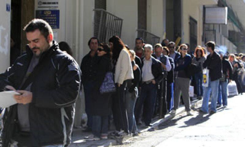 El desempleo ha saltado a más de 16%, muy por encima del promedio del 10% de la zona euro y los jóvenes son los más golpeados. (Foto: AP)