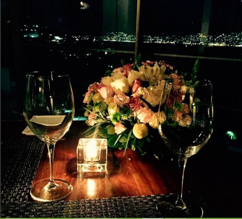 Yaya y Montserrat celebraron el cumpleaños de la modelo con un cena en Acapulco.