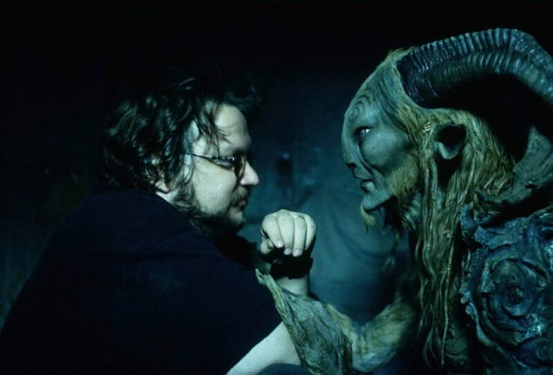 Guillermo Del Toro dirigió El Laberinto del Fauno, una cinta favorita de Chris.