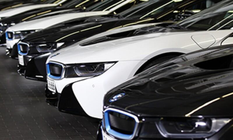BMW dijo que posteriormente divulgará qué modelos se fabricarán en la nueva planta. (Foto: Reuters)