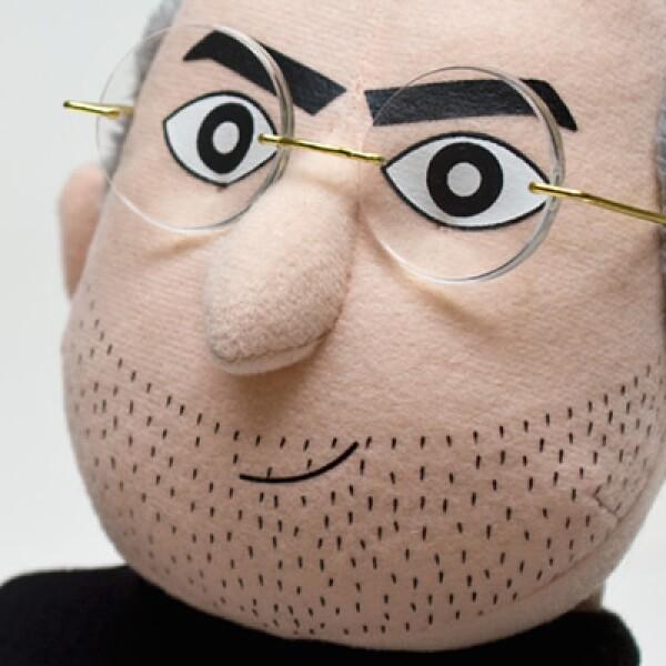La compañía Throwboy Pillows presentó su más reciente creación: el muñeco de peluche iCEO, un juguete en que se hace homenaje a Steve Jobs, fundador de Apple.