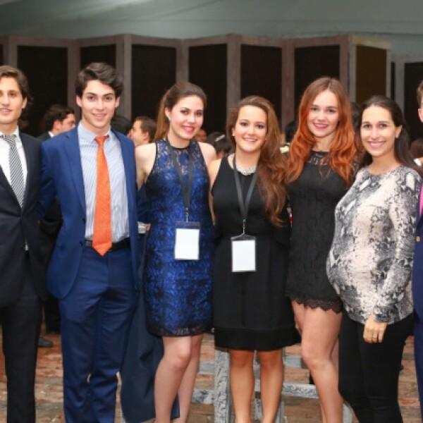 Jaime Sánchez Conde, Álvaro Liñero, Fátima Muleiro, Pilar Martín, Leire Reyes, Mariana Lorenzo y Diego Alvarado.