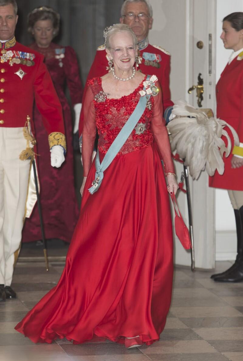 La entrada de Margarita II al banquete en su honor.