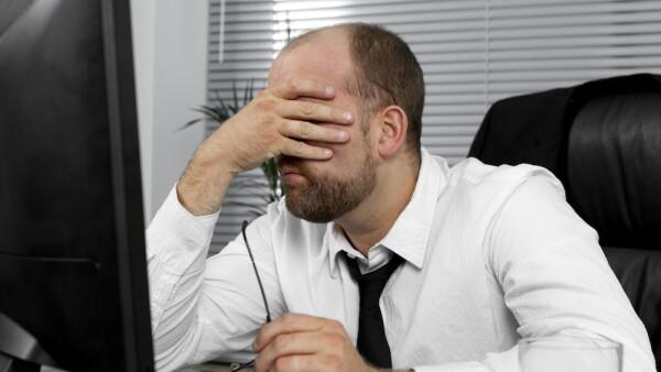 Infeliz - infelicidad - trabajo - trabajo infeliz - infelicidad en el trabajo