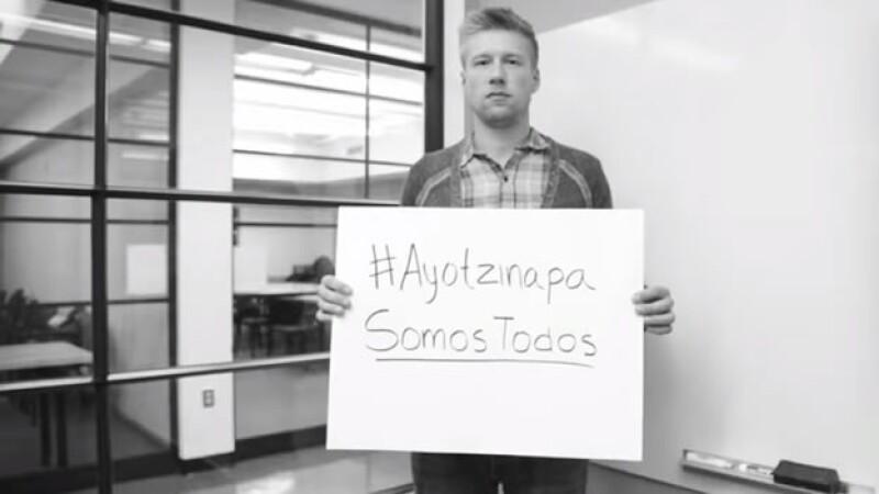 Harvard, MIT y otros estudiantes con Ayotzinapa