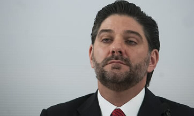 Aguadé informó de la intervención en conferencia de prensa acompañado de funcionarios de diversas instituciones, como la PGR. (Foto: Cuartoscuro )