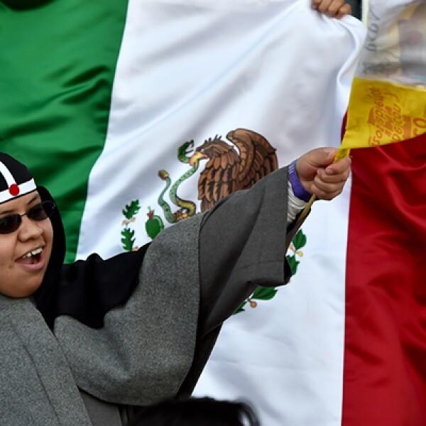 El pontífice se reunió con cerca de 20,000 religiosos en el estadio Venustiano Carranza en Michoacán.
