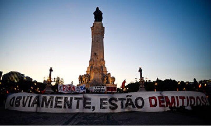 En Portugal hay inconformidad, en especial por la alta tasa de desempleo. (Foto: Cortesía de CNNMoney)