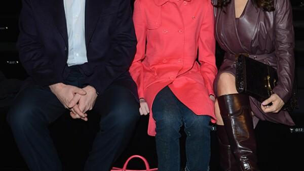 La actriz se esfuerza en que los tres hijos que su marido François-Henri Pinault tiene de relaciones anteriores se sientan parte de su familia y evita confrontaciones con ellos.