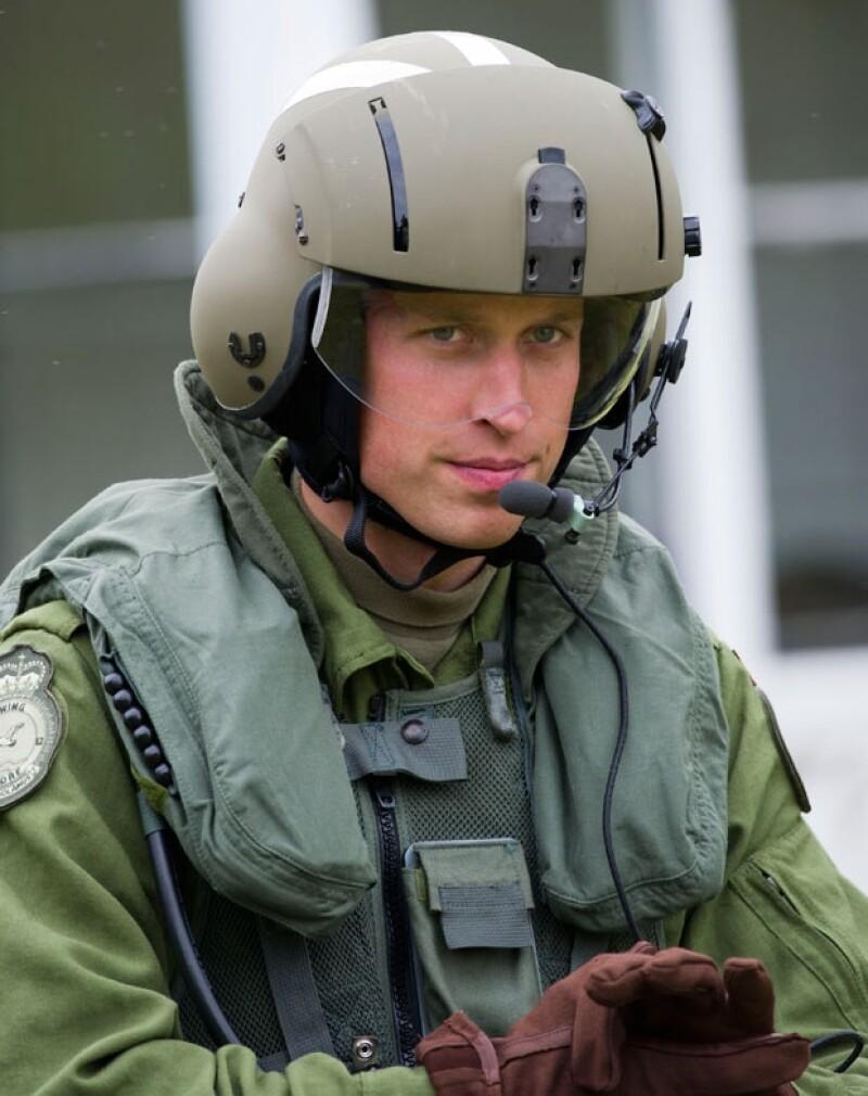 Después de siete años de servicio el esposo de Kate Middleton se dedicará a tareas reales y trabajo de caridad.