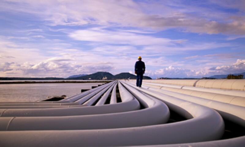 La nueva refinería tendría la capacidad de procesar 250,000 barriles por día. (Foto: Getty Images)