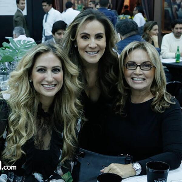 Pixie Devlyn, Silvia Rojo y Rosaura Henkel