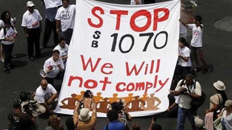 contra la ley sb1070