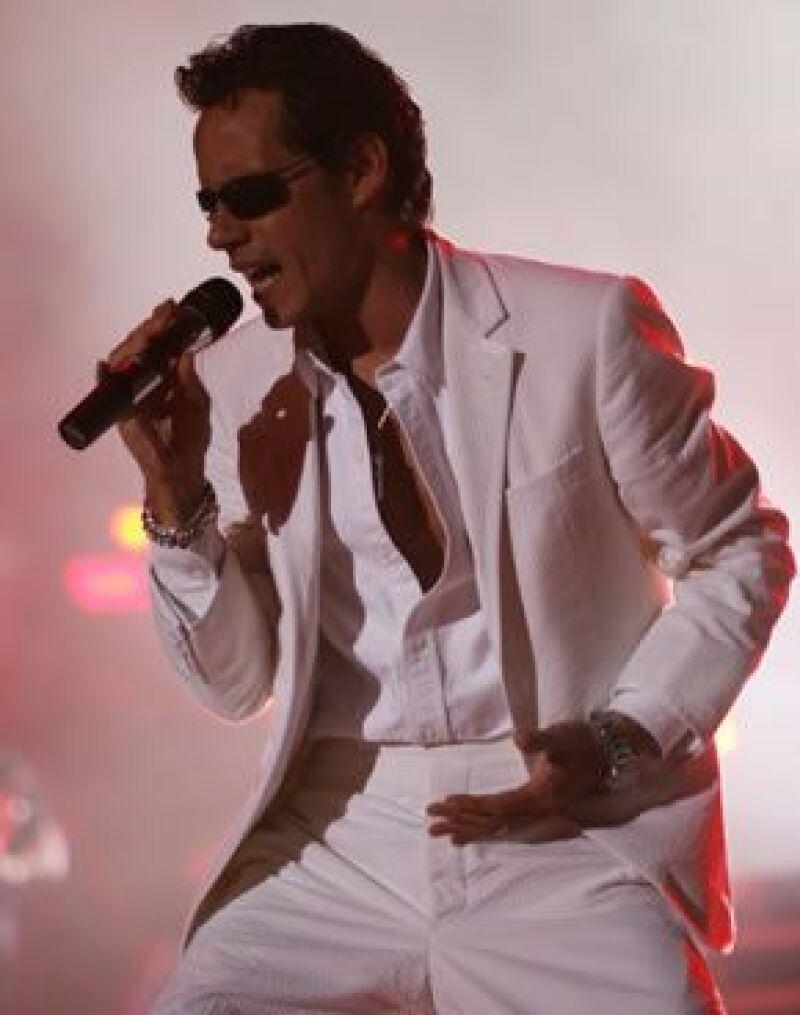 El cantante cobró medio millón de dólares por su presentación.