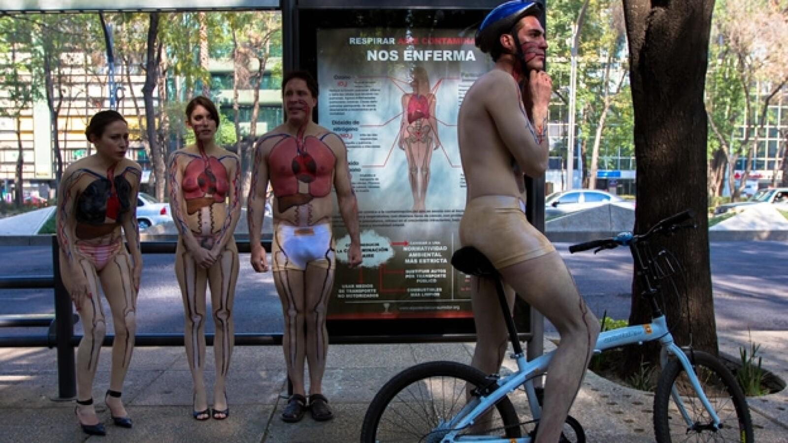 manifestacion, ciclistas, calidad del aire
