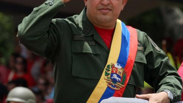A tres años de la muerte del expresidente de Venezuela, sale a la luz una investigación en la que deja al descubierto cómo Chávez utilizó la Santería para guiar su vida y manipular al pueblo.