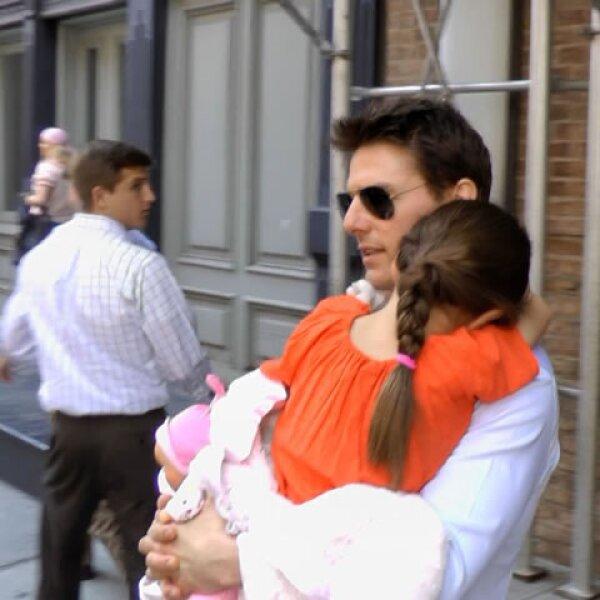 La semana pasada su papá, Tom Cruise la fue a visitar a Nueva York. Por supuesto que este evento fue la sensación.