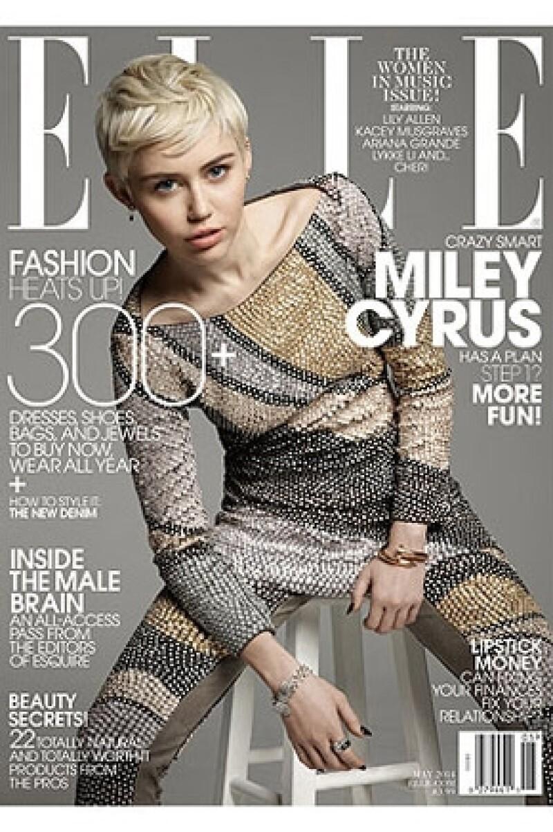 Así aparece la cantante en la portada de ELLE.