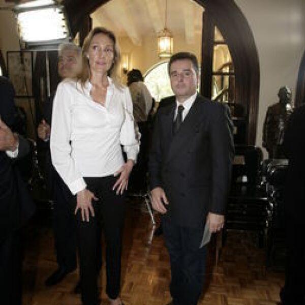 Alejandra Alemán, Gino Gallegos