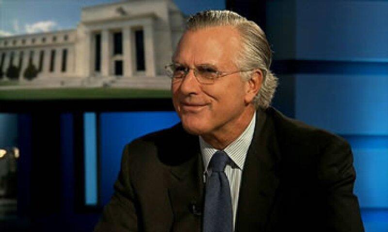 Richard Fisher tiene un portafolio de aproximadamente 21 mdd. (Foto: Cortesía CNNMoney.com)
