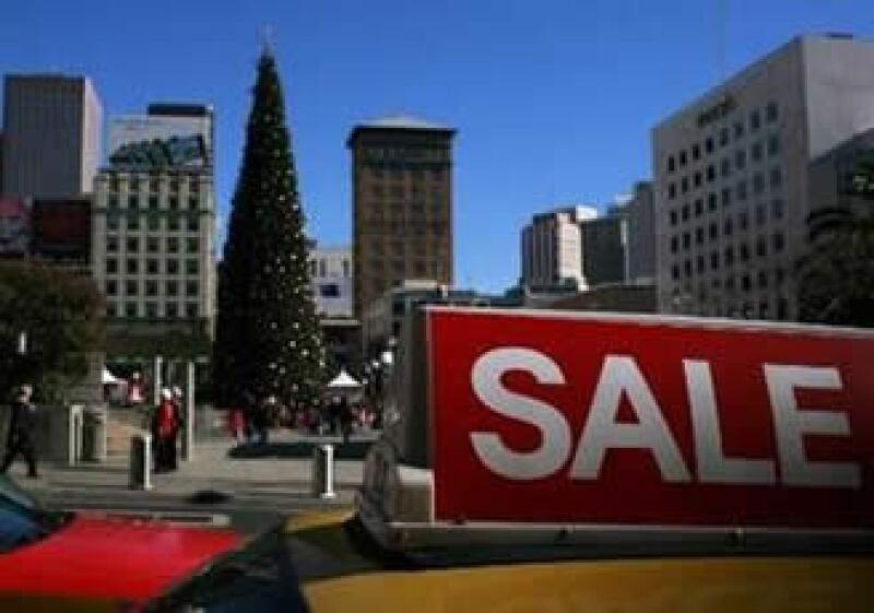 MasterCard Advisors SpendingPulse registró un alza en las compras navideñas desde una baja de 2.4% en 2008. (Foto: Reuters)