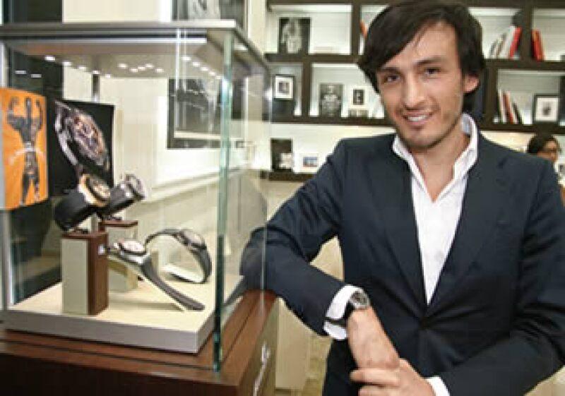 Octavio García, de 42 años de edad, tiene más de 13 años en la industria relojera; los últimos ocho como director artístico de Audemars Piguet. (Foto: Rodrigo Terreros)