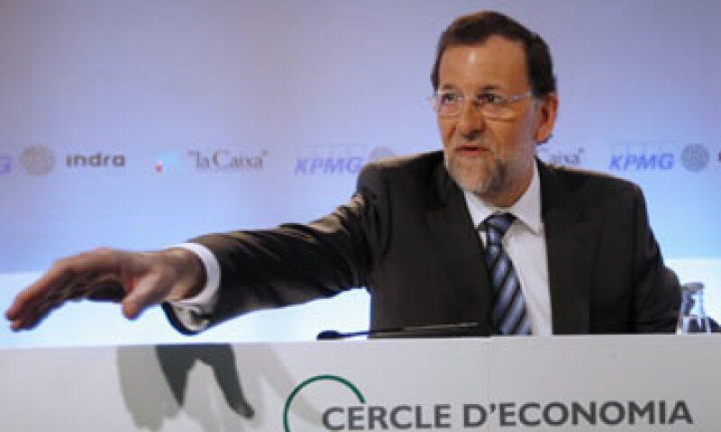 Mariano Rajoy declaró que está resuelto a seguir aplicando medidas de austeridad por el tiempo que sea necesario. (Foto: Reuters)