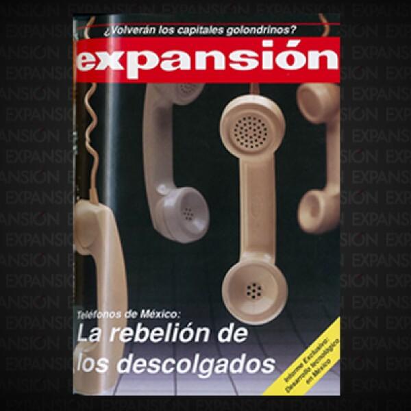 """Corrupción, rezagos en la instalación de líneas y reparación de teléfonos públicos, eran los principales problema de la paraestatal Telmex. El sindicato era visto por algunos sectores como """"el mayor obstáculo a la modernización""""."""