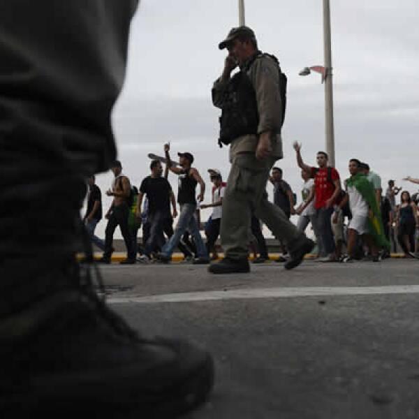 Las protestas que se extendieron por Brasil en la última semana parecen haber salido de la nada.