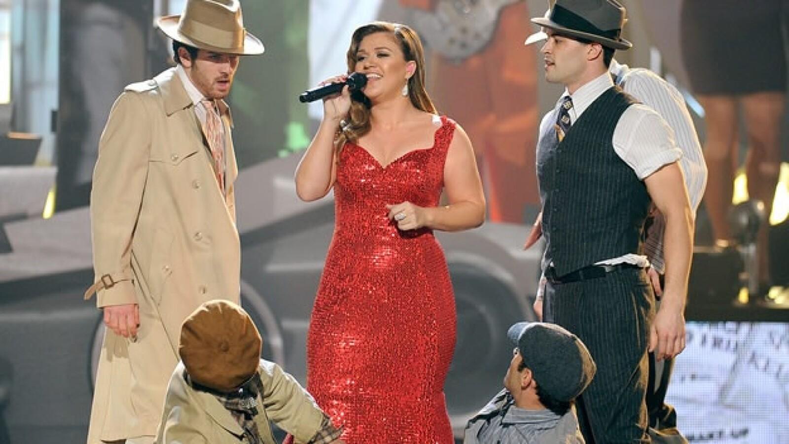 Kelly Clarkson american music awards