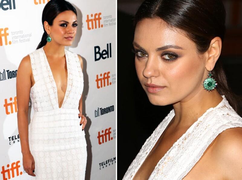 Antes de asistir a la red carpet del Festival de Cine de Toronto, Mila se hizo un facial de 7 mil dólares.