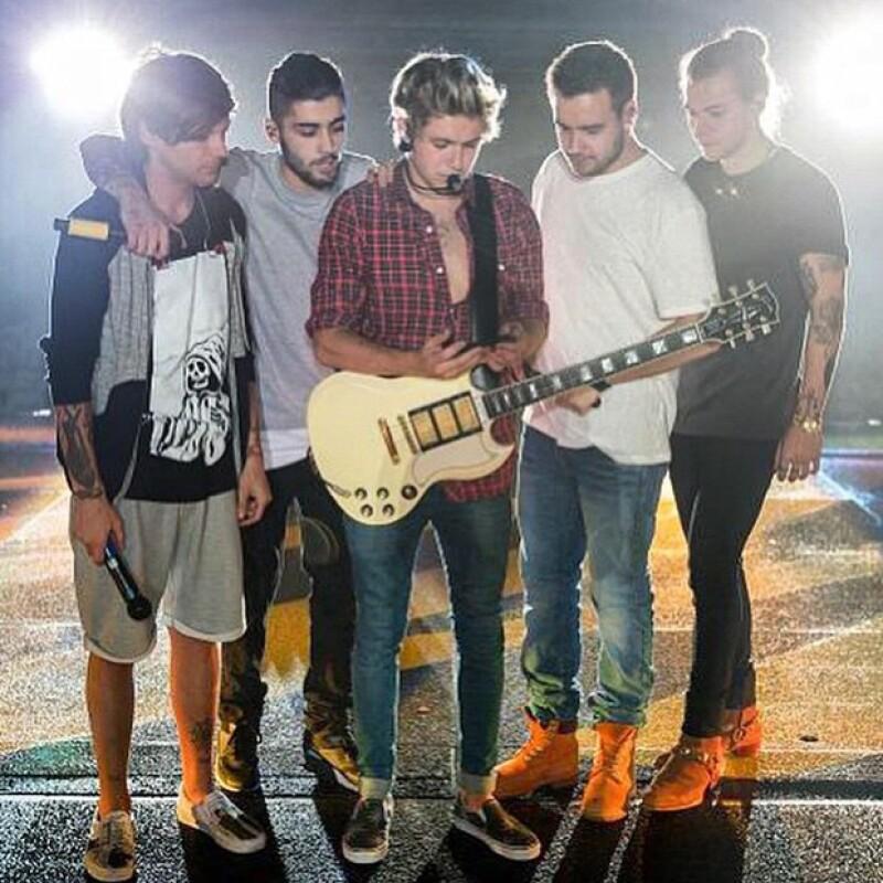 A pie de esta fotografía el ahora ex integrante de One Direction escribió: `Fueron cinco magníficos años´.