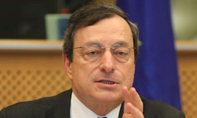 Mario Draghi, jefe del BCE, indicó que uno de los retos clave es limitar el contagio. (Foto: AP)