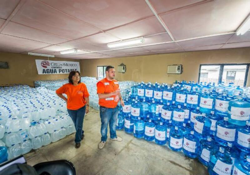 Grupo M�xico entrega agua en Sonora