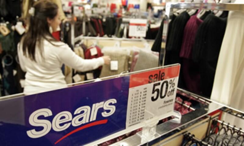 Sears reportó ventas tan bajas que tuvo que anunciar que cerraría 120 tiendas. (Foto: AP)