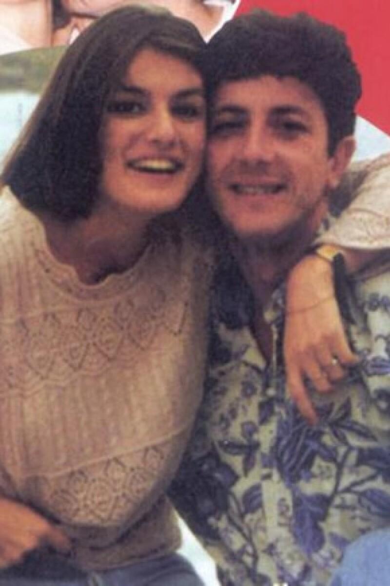Letizia con su ex pareja, el escritor Alonso Guerrero.