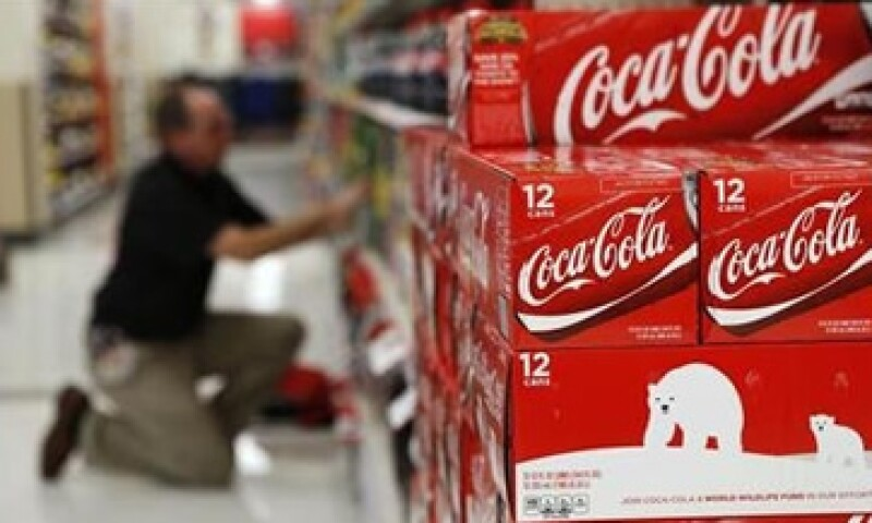 La firma dijo que de ser aprobado el impuesto a las bebidas azucaradas ajustará su estructura operativa. (Foto: Archivo)