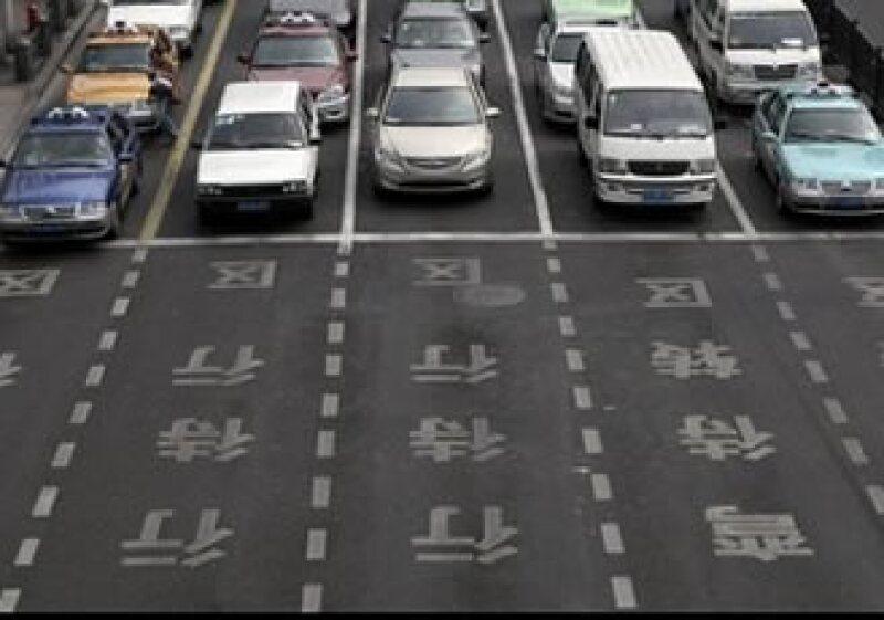 Los chinos abarrotaron las concesionarias desde diciembre. (Foto: AP)