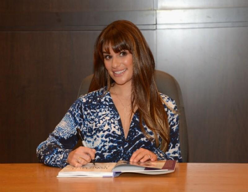 La actriz y cantante se sinceró en el programa Chelsea Lately sobre uno de sus particulares hábitos de la infancia.