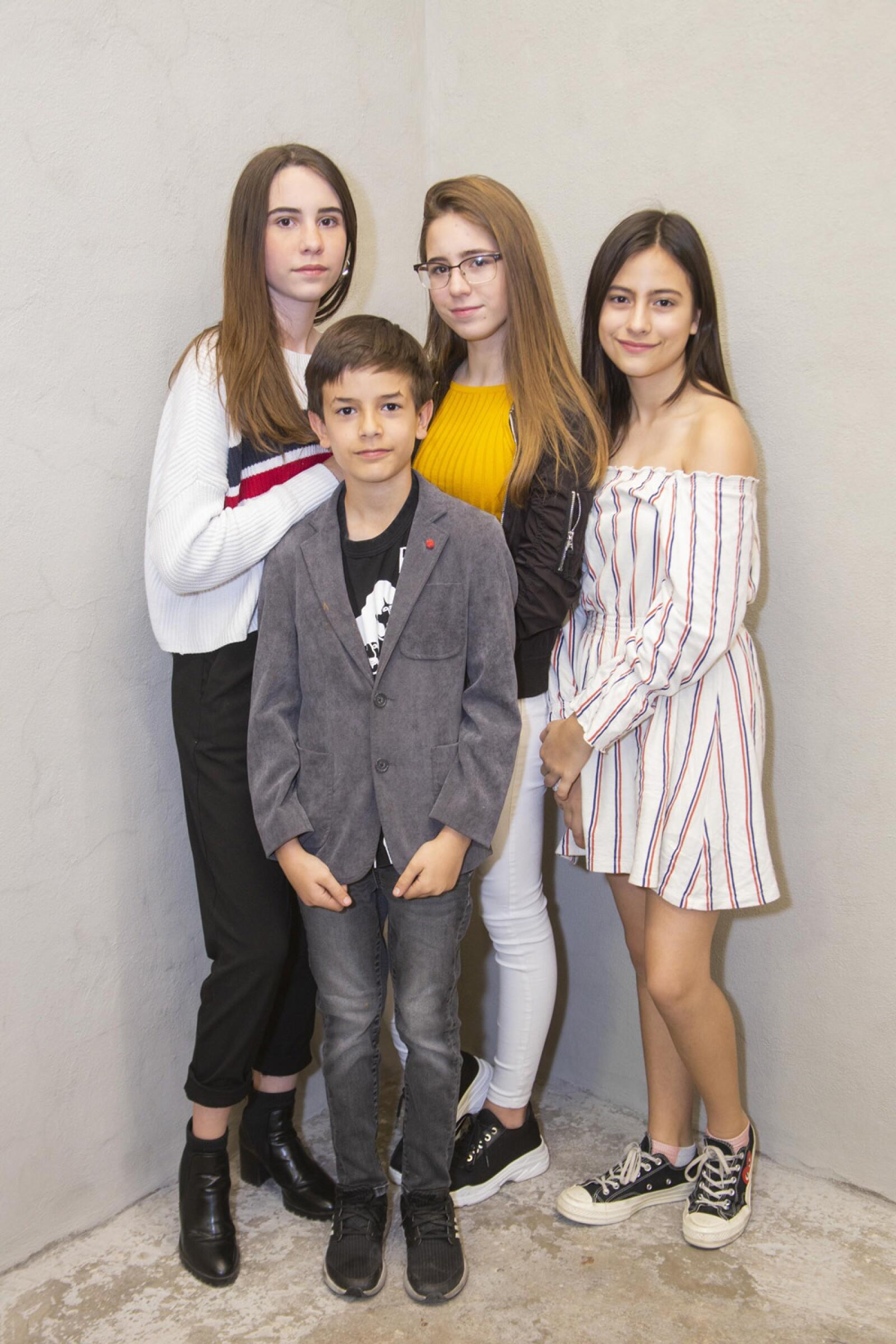 Alexia Heinen, Claudia Heinen,Laima Reyes, Cristóbal Reyes