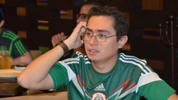 David Flores.