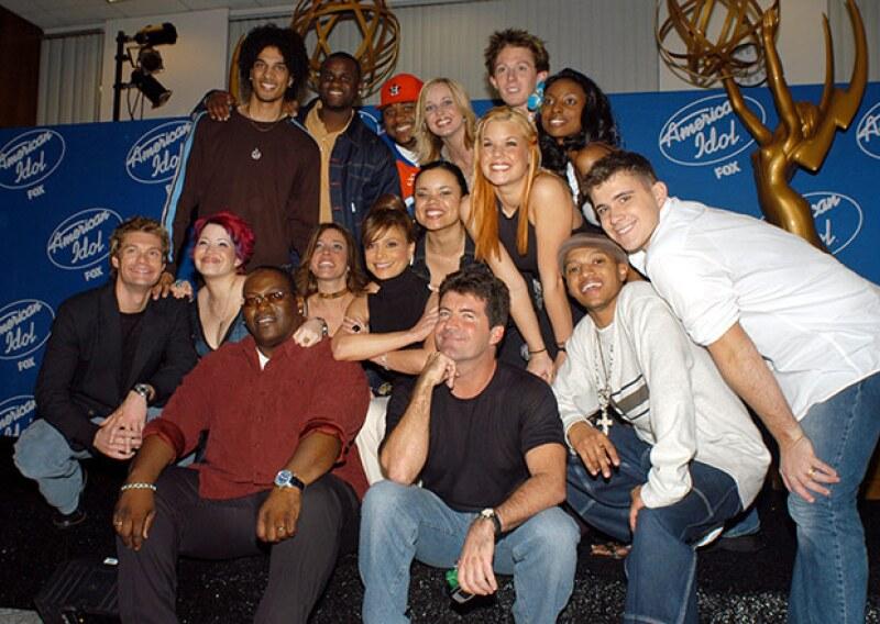 El cantante participó en la segunda temporada de American Idol. Aquí aparece con el resto de los finalistas.