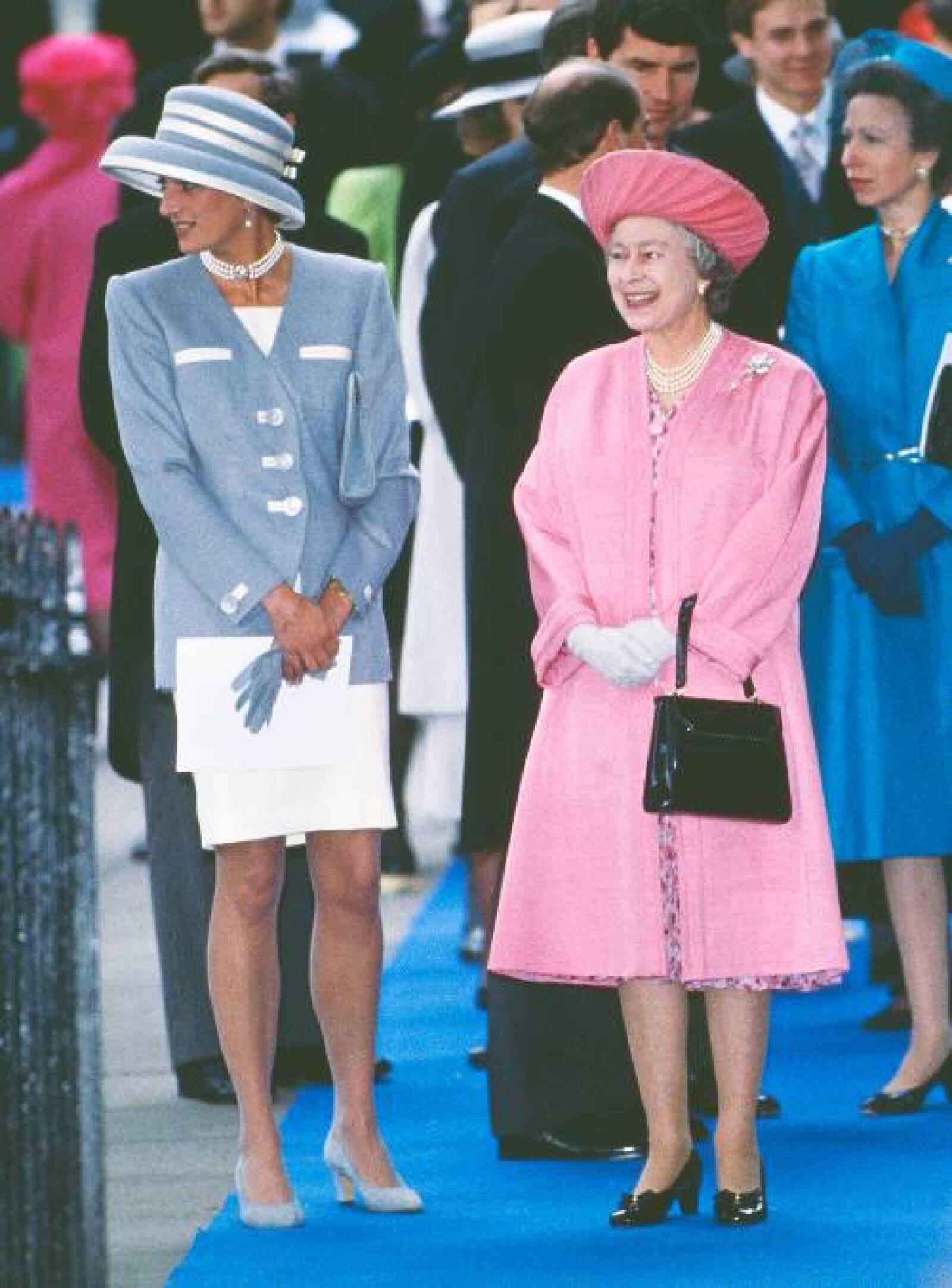 princess-diana-wedding-guest-outfits-255818-1524689588103-image.500x0c