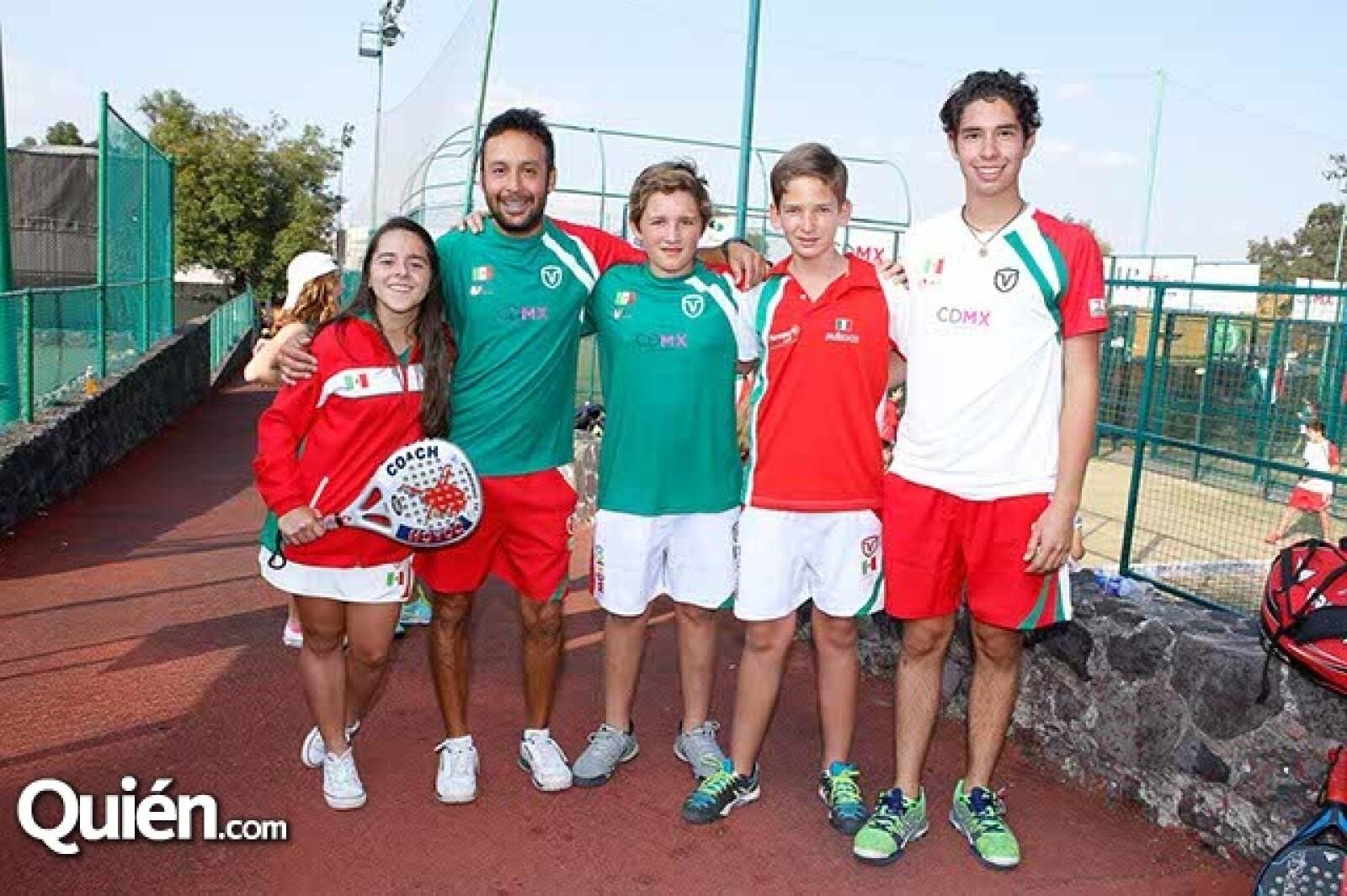 Ana Paula Boy,Carlos Huerta,Jorge Herrera,Javier Villazón y Carlo Dopico