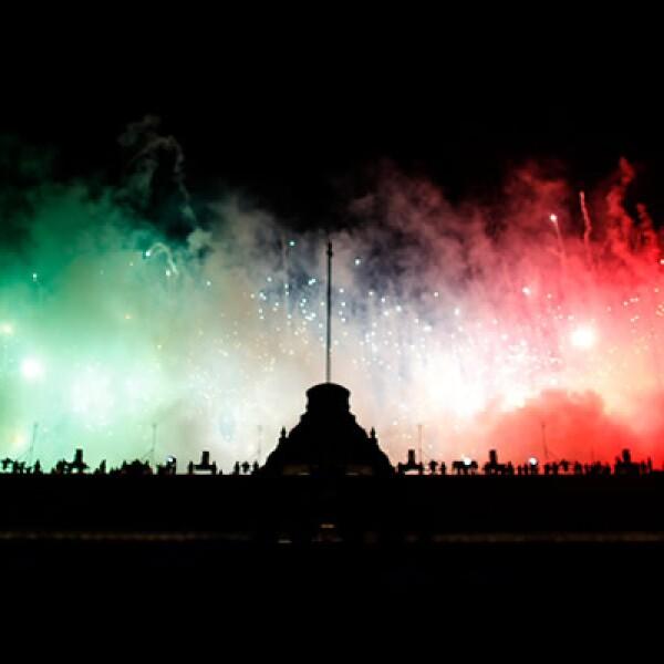 Los colores patrios exaltaron el ánimo de los connacionales.