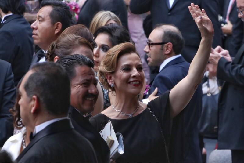 A la boda en Puebla también asistió Beatriz Gutiérrez, esposa del presidente electo.