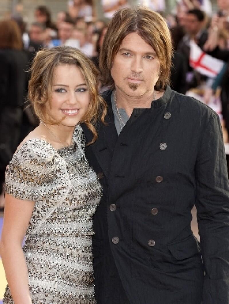 La cantante quiere recurrir a la ayuda de un profesional con el propósito superar los problemas que todavía mantiene con Billy Ray Cyrus.