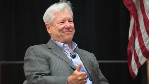 """Él es Richard Thaler, el economista pionero en hacer """"más humana la economía"""""""