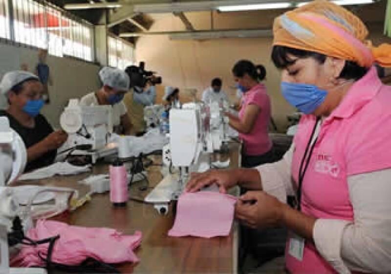 El sector manufacturero cae ante los efectos de la crisis (Foto: Notimex)